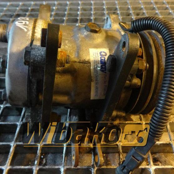 Air conditioning compressor Sanden U4709