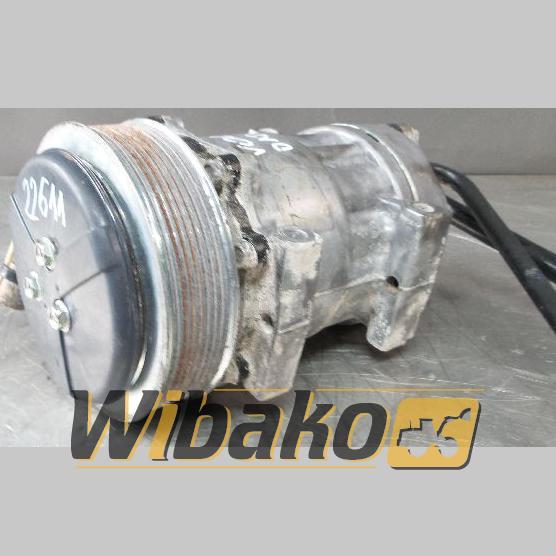 Sprężarka klimatyzacji Volvo D12C