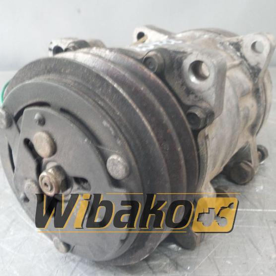 Air conditioning compressor Sanden R134A 00181208071