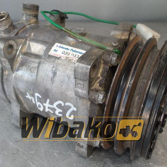 Air conditioning compressor Cummins KT19