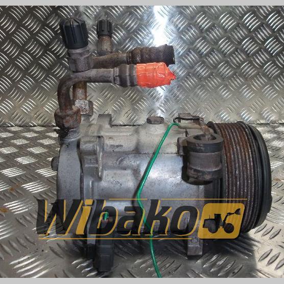 Air conditioning compressor Liebherr 8139 5700334