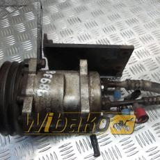 Air conditioning compressor Case 721B 508S127A