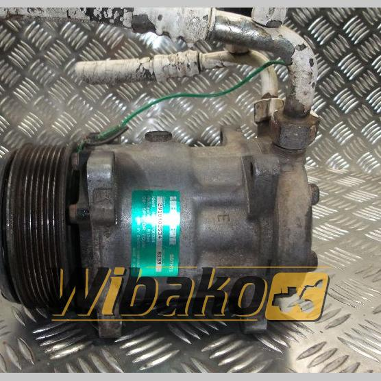 Air conditioning compressor Liebherr R134A 2918402534/5700334