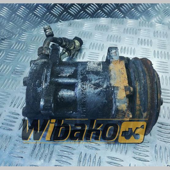 Air conditioning compressor Deutz TCD2015V08 EG7H15YZ1-A