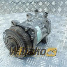 Air conditioning compressor Liebherr 8233 090118402