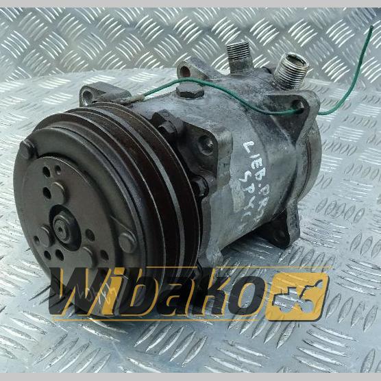 Air conditioning compressor Liebherr 508S102