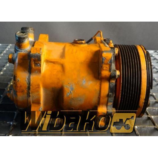 Sprężarka klimatyzacji Konvecta B1313AA2-202 VP-171097/001-008