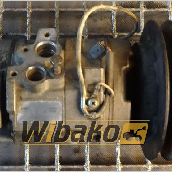 Air conditioning compressor Denso 10S15C 4053