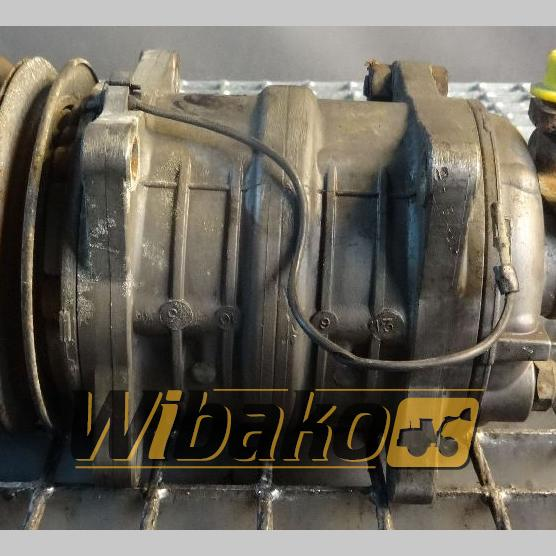 Air conditioning compressor Volvo
