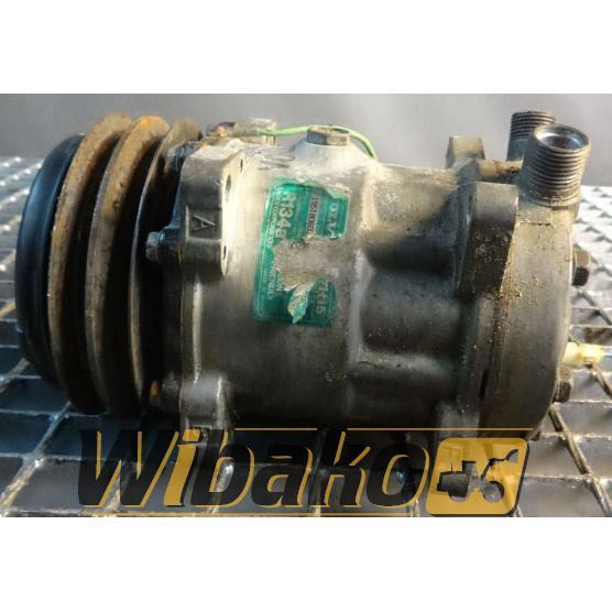 Sprężarka klimatyzacji Volvo 8053 195180603