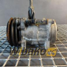 Air conditioning compressor Liebherr 8139 1358204334